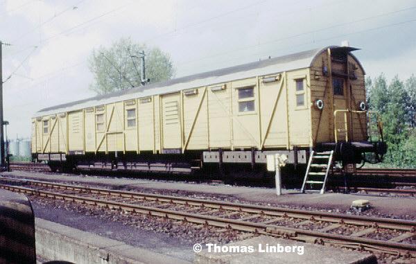 http://www.bahndienstwagen-online.de/bahn/BDW/BDWBA/jpg300/90063.jpg